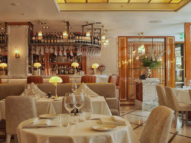 Table-Setting-at-San-Carlo-Regent-Street_St-James's_London